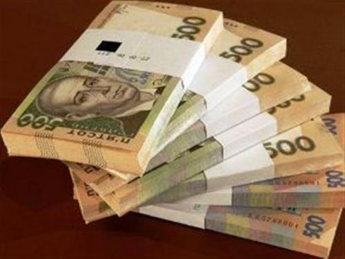 Чиновники запевняють, що зарплата в Черкаській області росте