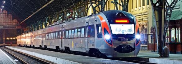 Черкащани зможуть їздити швидкісним двоповерховим потягом