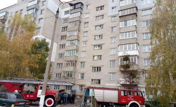 На Черкащині горіла багатоповерхівка, загинула жінка (ФОТО)