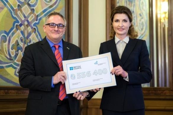Петро Порошенко відзначив черкаських вчителів стипендіями