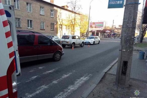 У Черкасах водій збив жінку на пішохідному переході (ФОТО)