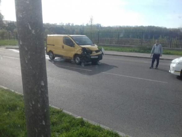 ДТП на Черкащині: в Умані не розминулися два автомобілі (ФОТО)