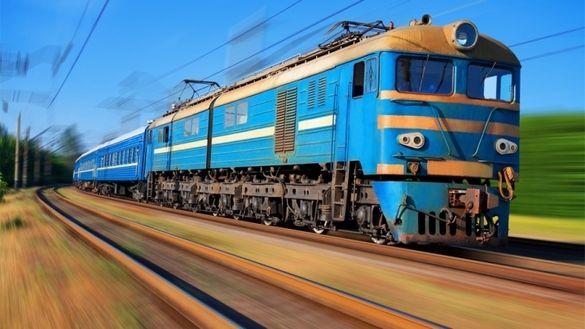 На травневі свята із Черкас курсуватиме додатковий потяг