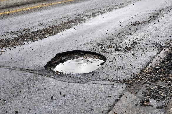 У Черкасах частково призупинили ремонт доріг