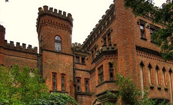 У Міністерства оборони хочуть забрати Леськовський палац, що на Монастирищині