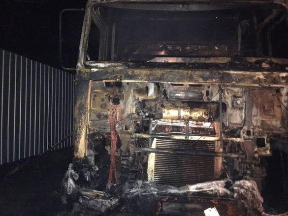 У Черкаській області водій згорів у кабіні вантажівки