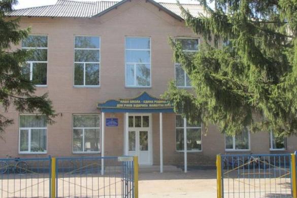 На Черкащині освітянина підозрюють у розбещуванні школяра
