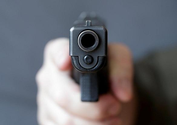 На Черкащині невідомі розстріляли машину викладачів національного вишу