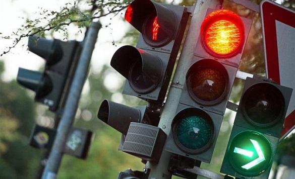 У власність міста Черкаси передадуть понад 50 світлофорів
