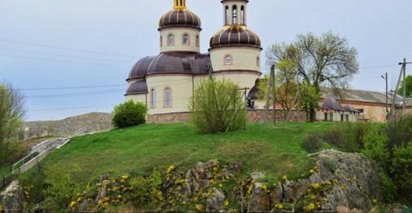У монастирі на Черкащині виявили 10 хворих на коронавірус