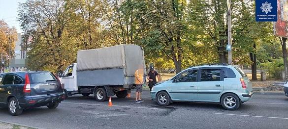 Два автомобілі зіштовхнулися в Черкасах (ФОТО)