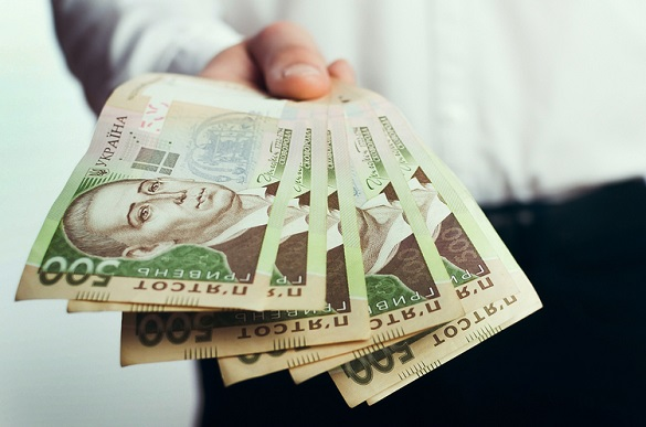 Банкноти до 2003 року випуску виводять із обігу