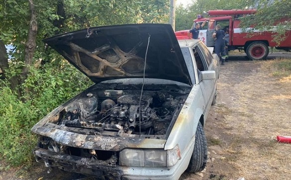 Трагічна смерть: чоловік помер, рятуючи свою автівку (ВІДЕО)