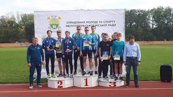 Черкаські спортсмени отримали нагороди на чемпіонаті України з триатлону (ФОТО)
