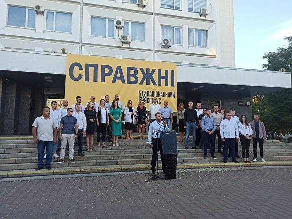 """""""Національний корпус"""" заявляє про фальсифікації під час підрахунку голосів"""