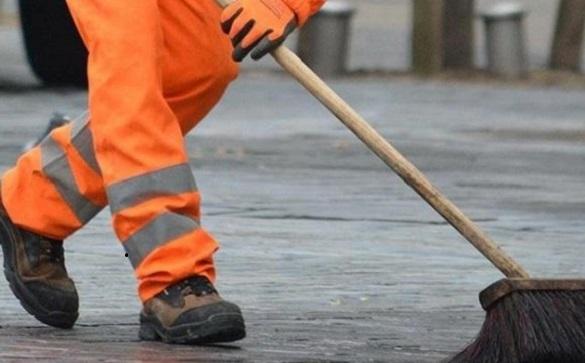 У Черкасах судитимуть посадовця, який без потреби замовив послуги з прибирання вулиць