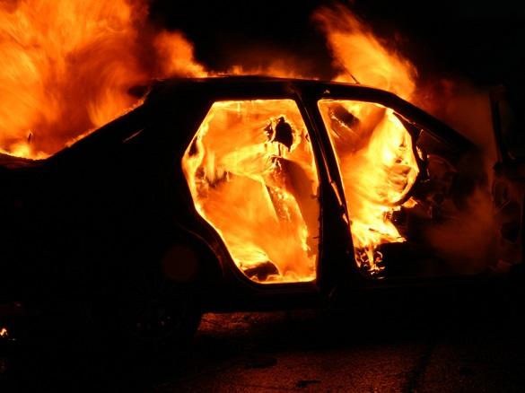 Під час руху на Черкащині загорілася автівка