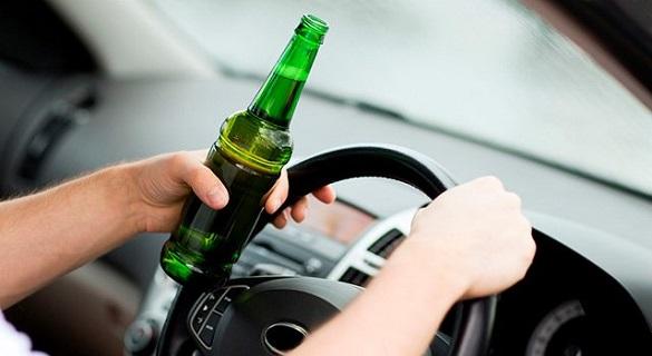 За ніч черкаські патрульні зупинили трьох п'яних водіїв