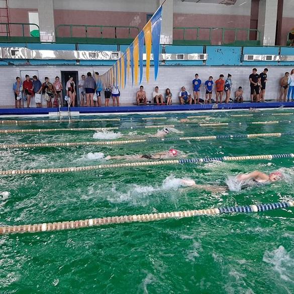 Черкаські спортсмени отримали нагороди на чемпіонаті з морського триборства (ФОТО)