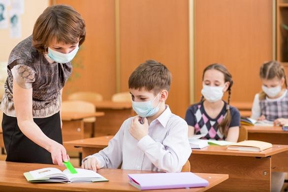 Майже у 300 закладах освіти на Черкащині виявили коронавірус