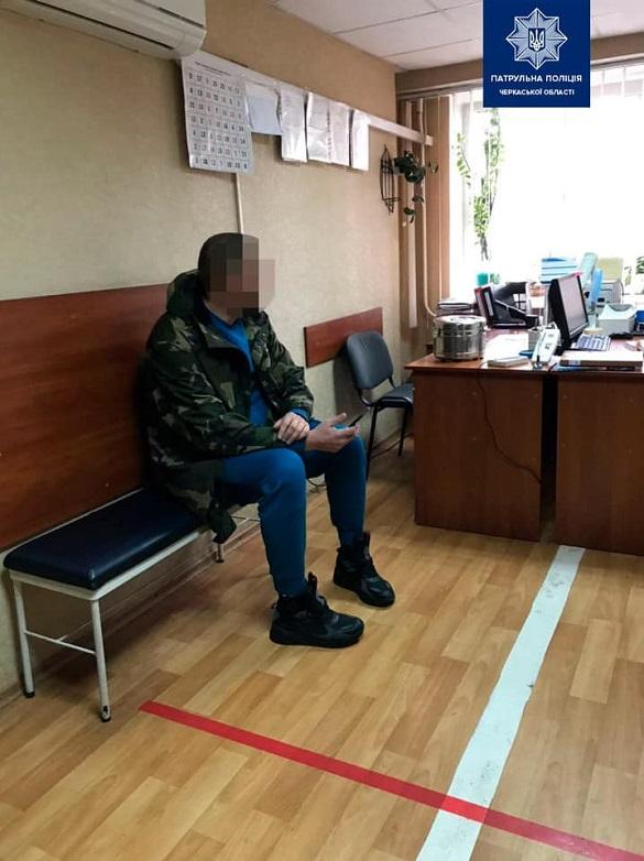 Черкаські патрульні затримали чоловіка, якийкерував автомобілем у стані сп'яніння
