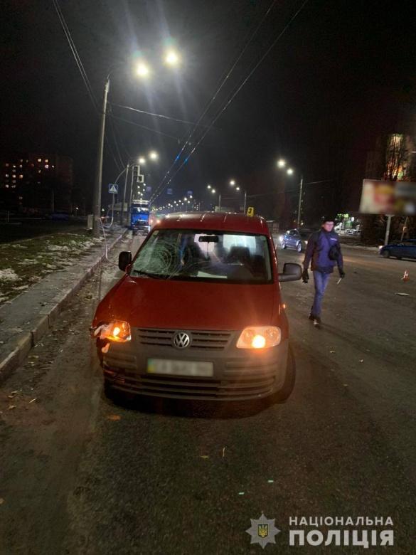 Поліцейські затримали водія, який збив бабусю з дитиною у Черкасах
