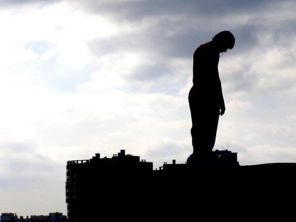 Складна життєва ситуація: у Черкасах чоловік намагався вчинити самогубство (ВІДЕО)