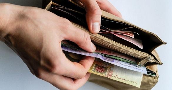 Мінімальна заробітна плата черкащан збільшилась на тисячу гривень
