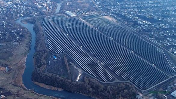 Живлення для понад 11 тисяч будинків: у Черкаській області запустили сонячну електростанцію