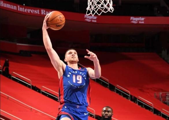 Баскетболіст із Черкас може отримати контракт на майже 54 мільйони доларів
