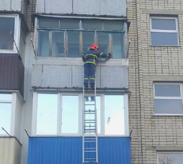 Не відкривав та не відповідав на дзвінки: на Черкащині рятували хлопця, який спав