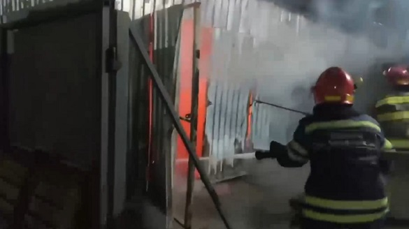У Черкасах на підприємстві сталася пожежа (ВІДЕО)