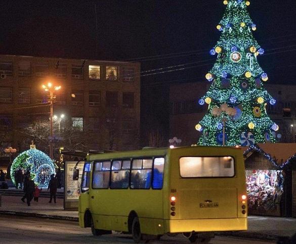 В Україні хочуть заборонити вмикати музику та фільми у маршрутках