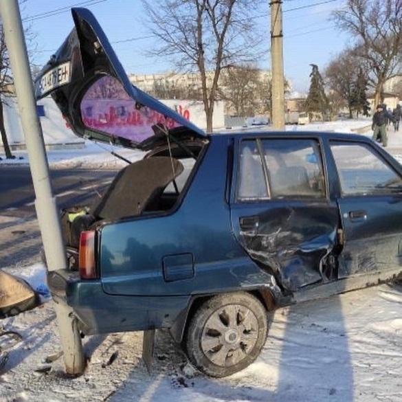 У Черкасах на бульварі Шевченка зіштовхнулися два автомобілі (ФОТО)