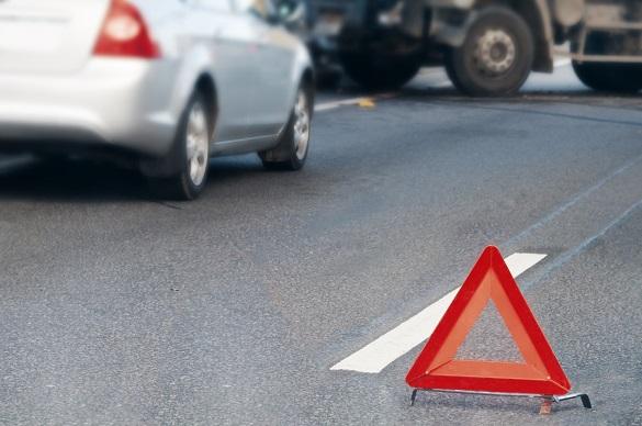 На Черкащині сталася аварія: один чоловік загинув, іншого затисло в автівці