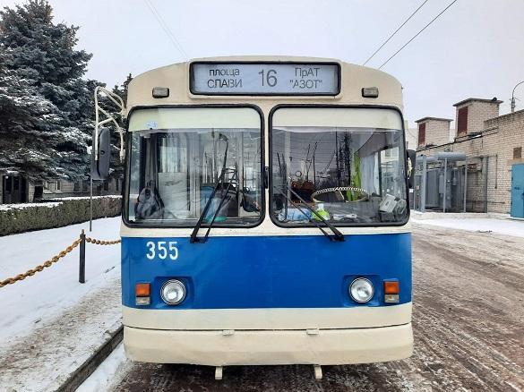 У Черкасах хочуть перевірити роботу тролейбусників