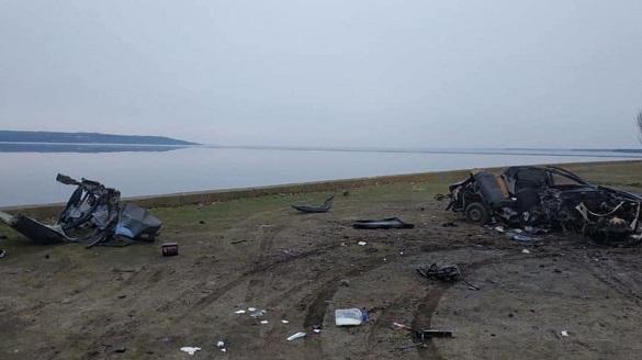 На Черкащині перевернувся автомобіль: водій перебував у комі (ФОТО)