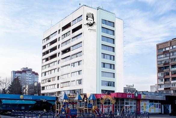 Черкащанин пропонує зобразити на трьох будинках в центрі міста портрет Шевченка