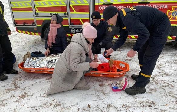 Небезпечні розваги: в Черкасах жінка під час катання на гірці впала з обриву