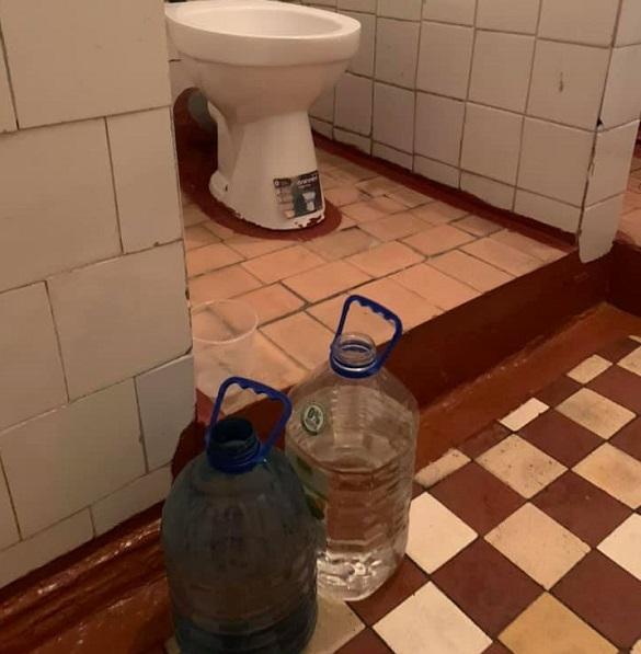 Пологовий будинок у Черкасах без води: у міськраді обіцяють це вирішити
