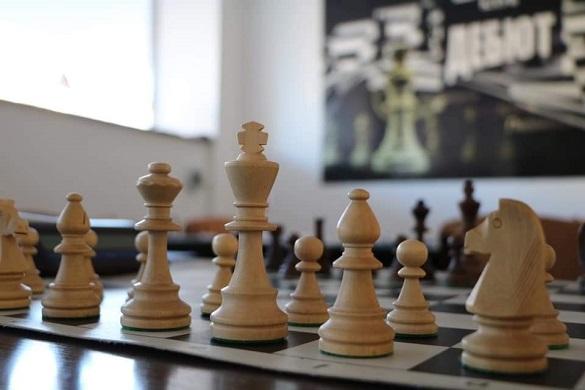 У Черкасах вперше стартував міжнародний шаховий турнір