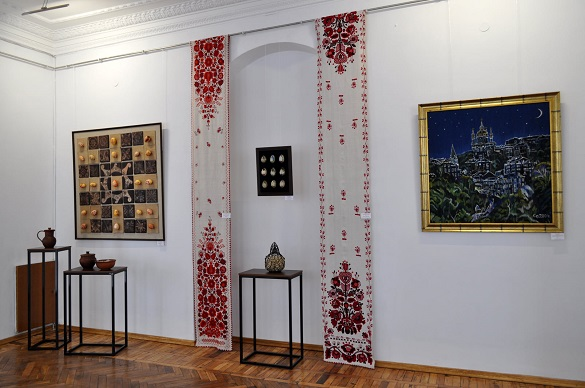 У черкаському музеї відкрили виставку до Великодня (ФОТО)