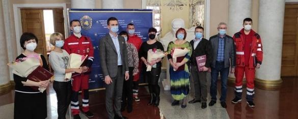 Сміх або сльози: десять кращих лікарів Черкащини отримали по 5 тисяч гривень