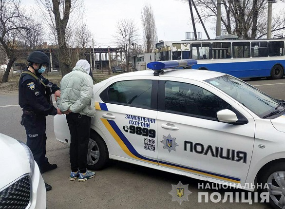 У Черкасах затримали жінку, яка хотіла вкрасти товар із супермаркету