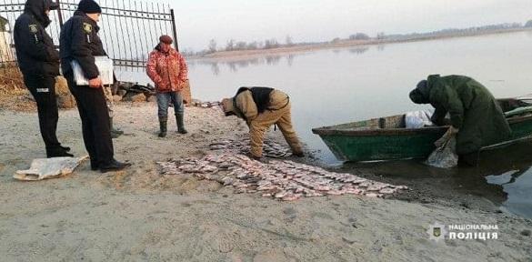 На Черкащині браконьєри виловили 80 кілограмів риби