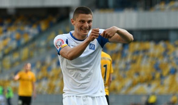 Із частиною символізму: черкаський футболіст вперше став чемпіоном України у складі