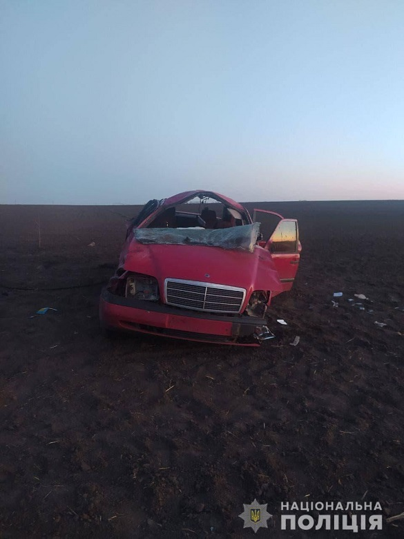 На Черкащині поліція розшукує водія, який покинув постраждалу та втік із місця ДТП
