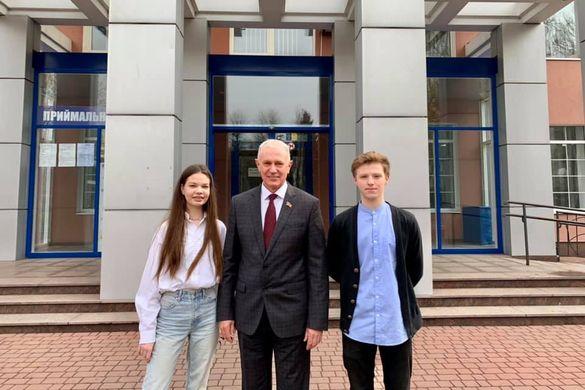 Двоє черкаських студентів їдуть навчатися у США
