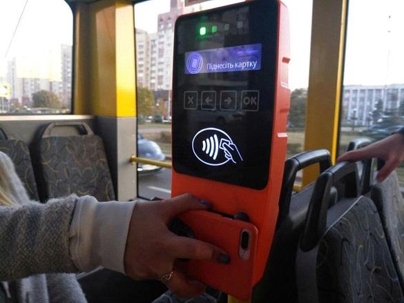 Електронні квитки та карта містянина: в Черкасах обговорили можливість установлення валідаторів у транспорті