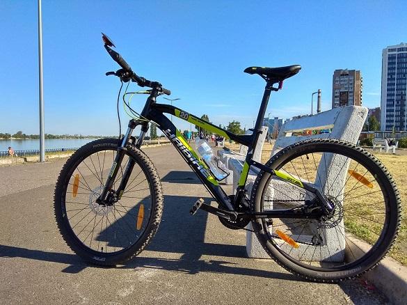 У Черкасах вкрали велосипед, власниця шукає свідків (ФОТО)